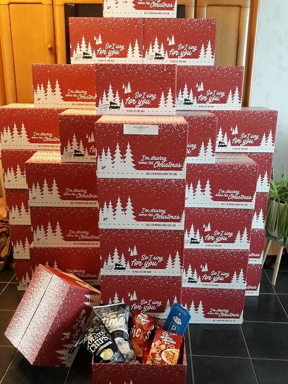 Willemsen – de Koning heeft kerstpakketten verstuurd